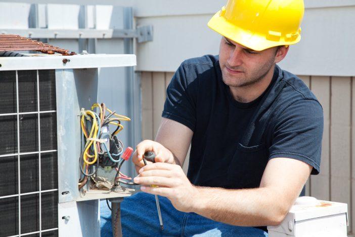Supervisar equipos de aire acondicionado dañados